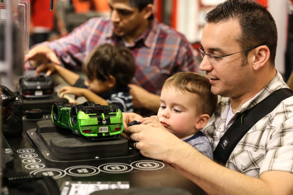 Building Cars at Ridemakerz Disneyland